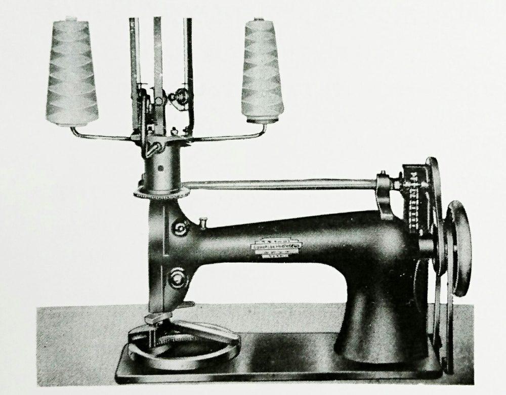 サークル:フローラル・オーバーレイミシン。2本針丸花模様植込縫用ミシン。